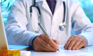 Arzt in Ärzte, Werbeartikel, Transparenz - Was ändert sich?