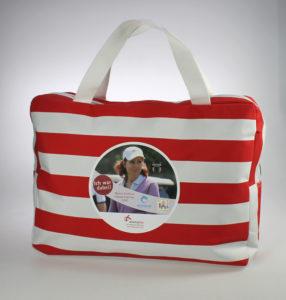 2 Spielertasche-286x300 in Soziales Engagement: absatzplus unterstützt den zweiten Monica Lierhaus Charity Golf Cup 2018
