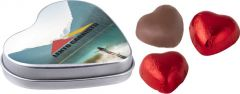 Herzförmige Dose mit Schokolade als Werbeartikel