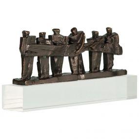 Skulptur Zusammen die Sache auf die Beine stellen als Werbeartikel