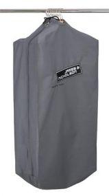 Strapazierfähiger Kleidersack mit Logo als Werbeartikel